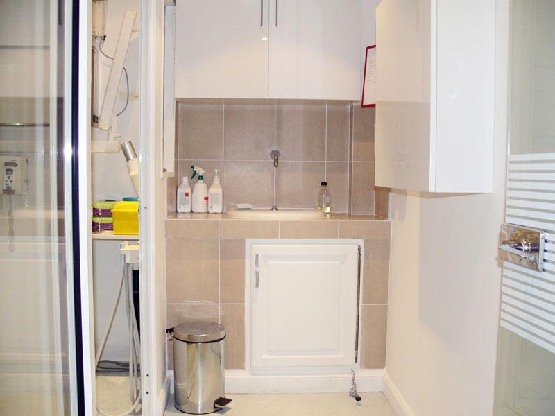 medecine esthetique cabinet du dr ari assouline antibes. Black Bedroom Furniture Sets. Home Design Ideas